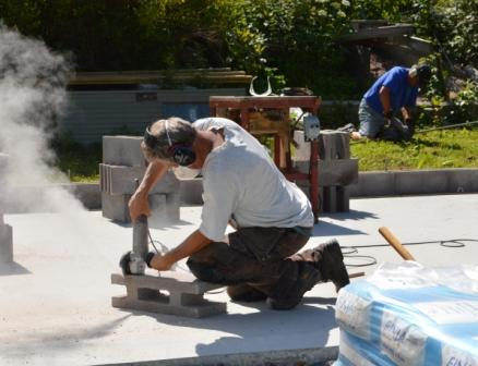 2013-07-09_grundarbete_till ekonomibyggnad o carport