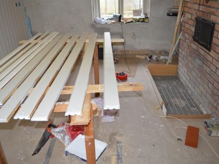 Målning av lister och förberedelser för murning