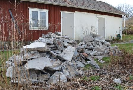 Sten o betong från bakstugans golv